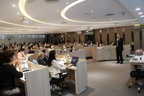 卓永財總裁專題演講「從產業看人才培育」。